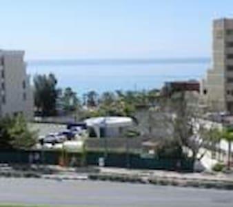 SEA VIEW RENANDA APARTMENT - Agios Tychon