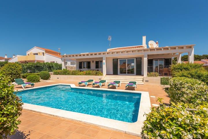 Villa Poppy. Private pool, Free AC & Wifi, Menorca