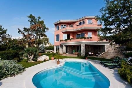 Magnificent villa on Adriatic sea - Kostrena