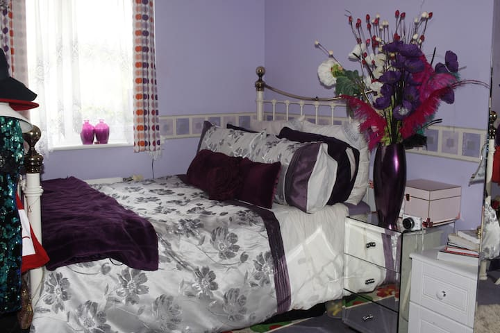double room close to general hospital