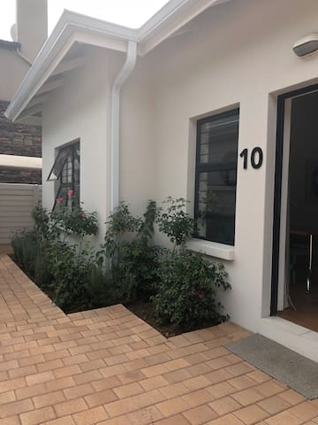 New Ashford Executive Suites in Rosebank Jhb