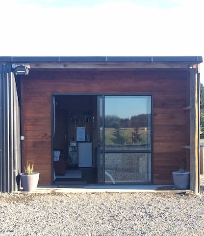 Black Shed Studio in West Eyreton