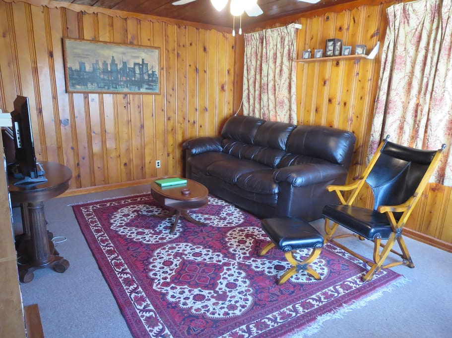 1 Bedroom Apartment Overlooking Forest Landscape Apartments For Rent In Lafayette Indiana