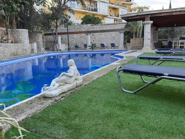 Luxury Villa in Palma City with big pool -EXP3405