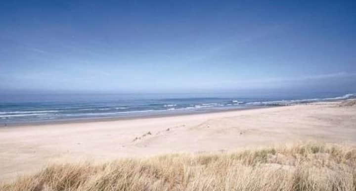 Appartement vue mer, les pieds dans le sable