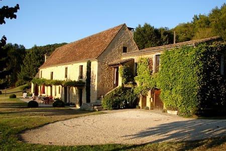 Triguedinat - Vézac - Villa