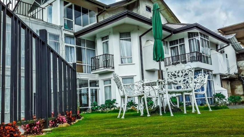 Rest master luxury holiday bungalow