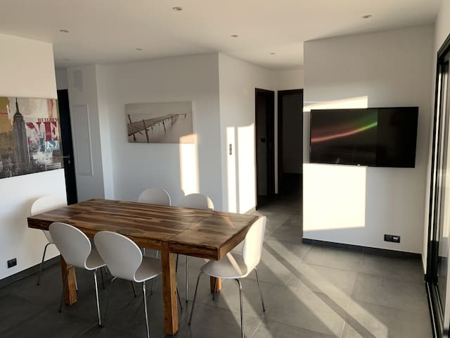 Appartement 3 Chambres avec Vue mer