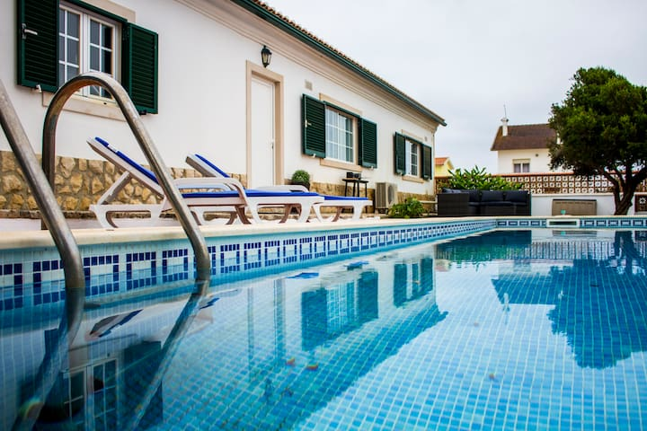 Seaview PrivatePool-family ideal 10min wlk beach