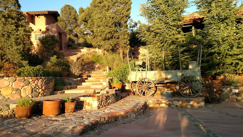 Red Rock Retreat - Sedona - Guesthouse