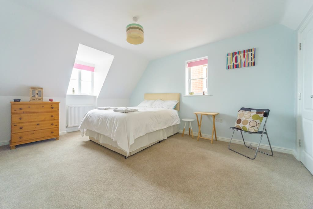 Large Comfortable  Double Bedroom