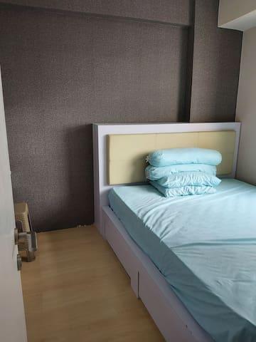 Comfy & Convenient 2br Apartment in Jakarta