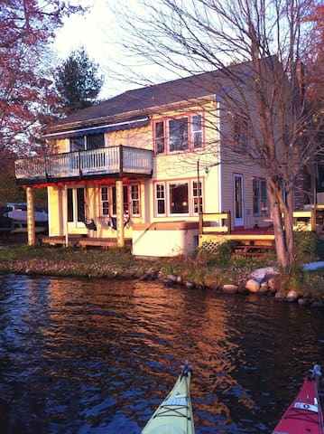 Lake House with private dock, boats - Littleton - Hus