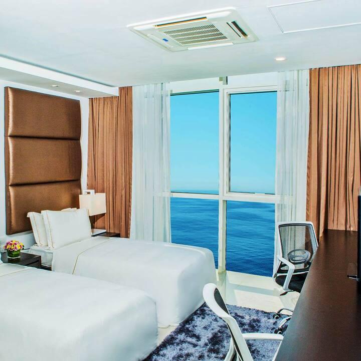 Ocean View 3-Bedroom Suite