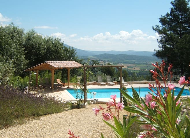 Luberon, charming rooms, private pool great views - Saint-Saturnin-lès-Apt - Villa