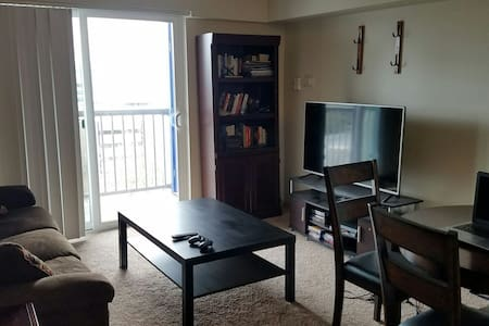 Entire Downtown Tacoma Apartment - Tacoma - Appartement