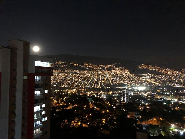 Unique apartment with best Medellin view