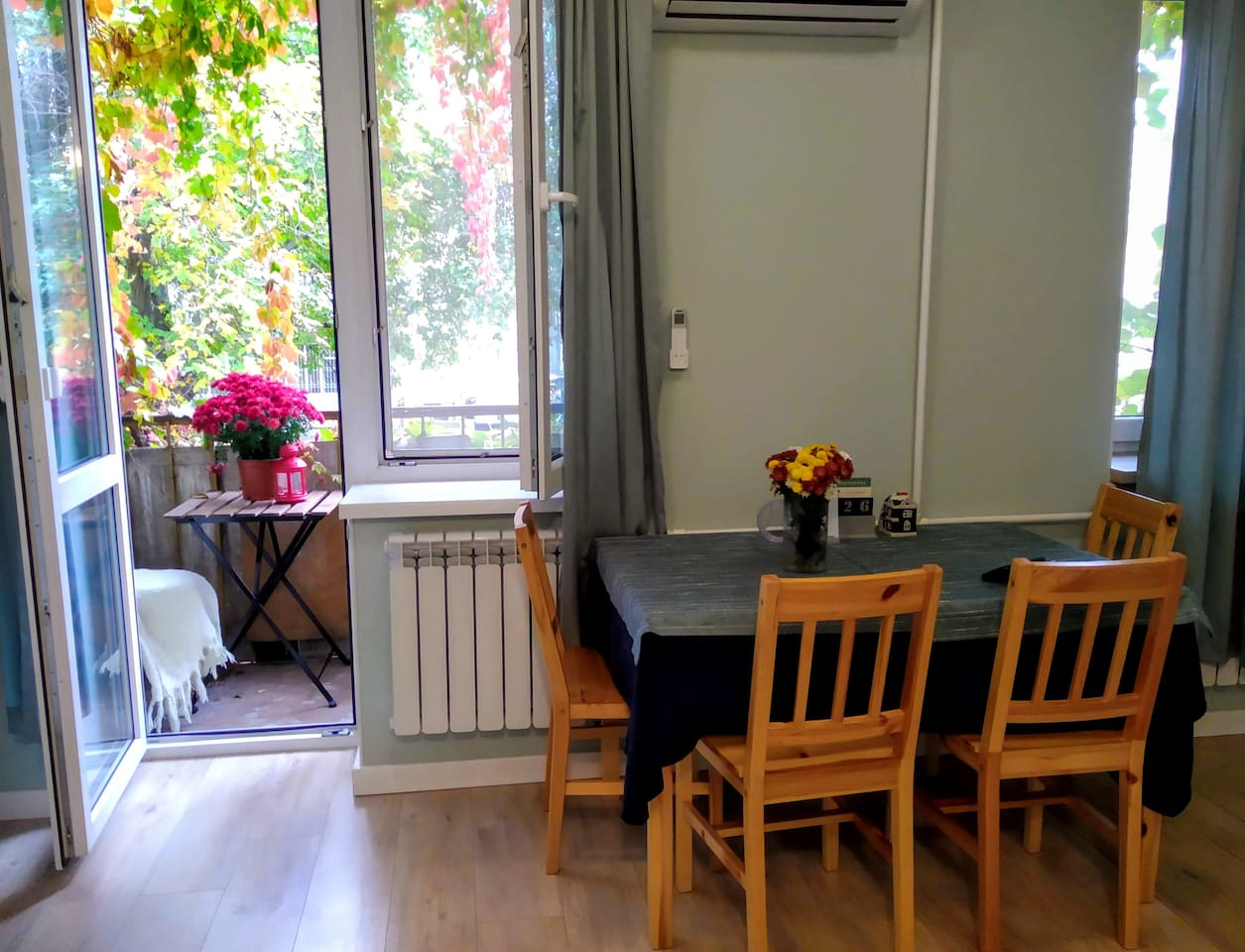Photo of the living area and our cosy nook on the balcony
