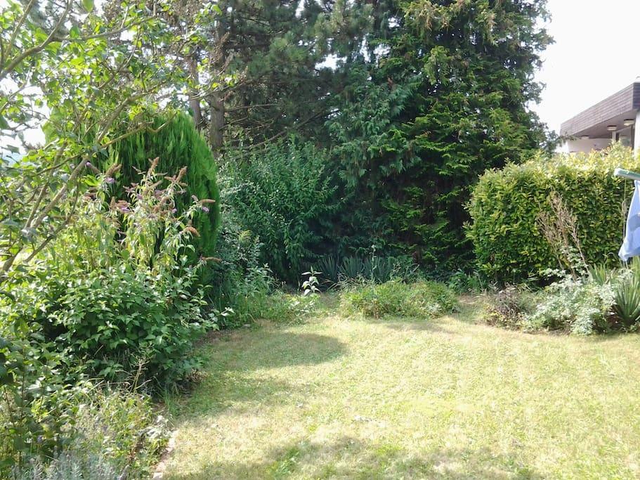 Der Garten kann auch von unseren Gästen genutzt werden.