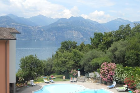 Appartamento a Malcesine - Cassone - Malcesine - Apartamento