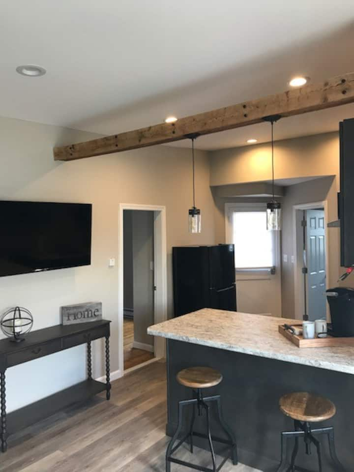 Fully renovated 2 Bedroom Unit, Manchester, NH