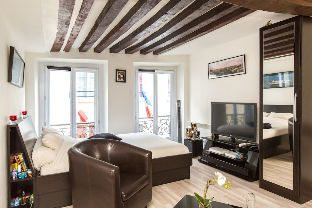 RENT A FLAT IN MIDDLE OF PARIS