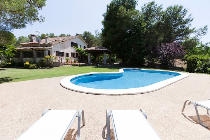 CATALAN COUNTRY HOUSE NEAR SITGES - Canyelles - Dom