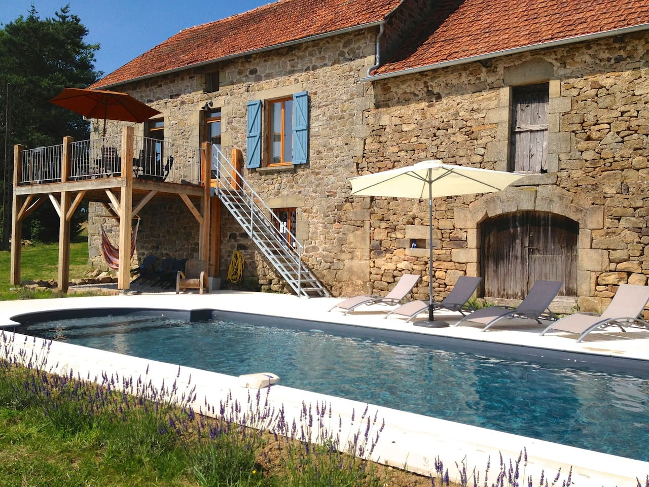Luxury farmhouse in dordogne valley houses for rent in for Luxury farmhouses