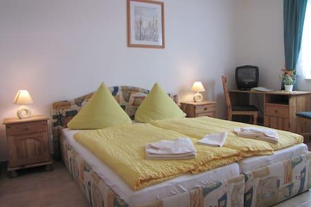 Doppelzimmer - Peenemünde - Bed & Breakfast