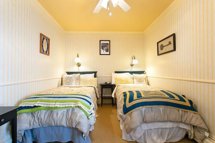 Cottonwood Chamber-Rose Street Bed & Breakfast