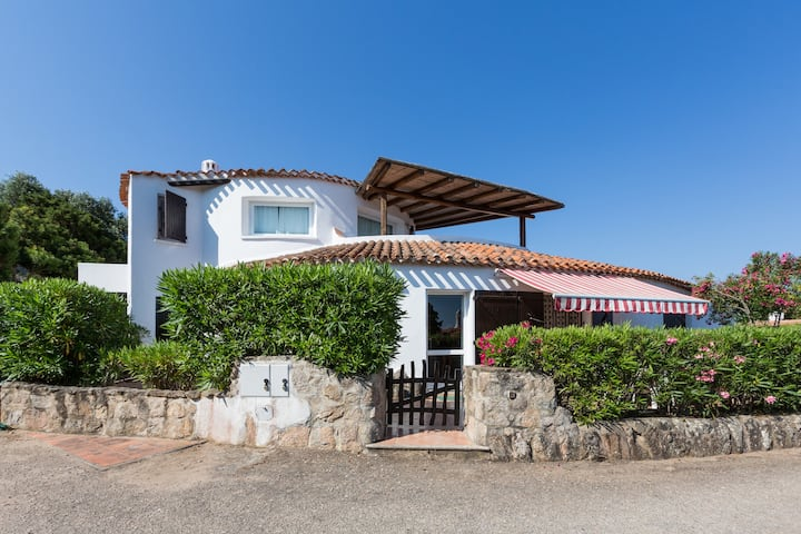 GRECALE VILLA BAJA SARDINIA Ground floor