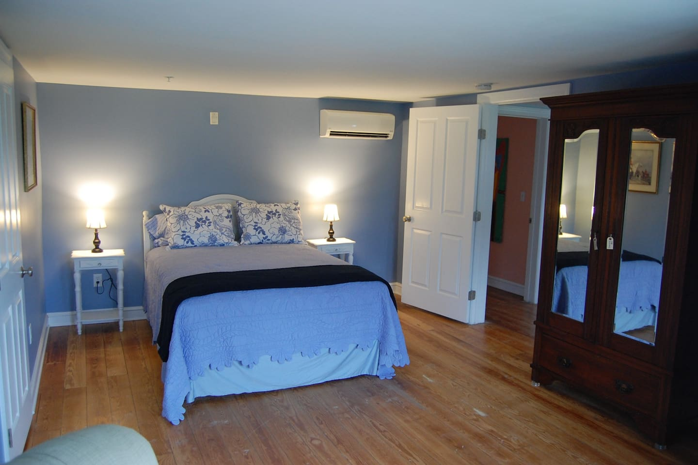 Blue Bay Guest Room, 2nd Floor, w/ Private bathroom