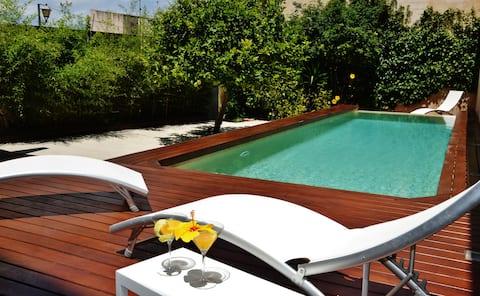 Spacious house with pool near beach