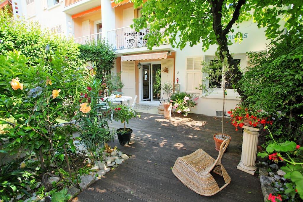 appartement nice ouest jardinet appartements louer nice provence alpes c te d 39 azur france. Black Bedroom Furniture Sets. Home Design Ideas