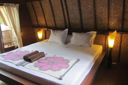 Rumah Cahaya - Lumbung 5 - Bed & Breakfast