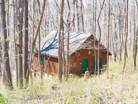 Greenbrier Cabin at Scottish Ridge, Hocking Hills