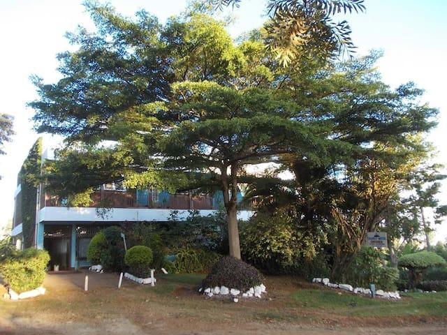Transit Motel, Chogoria, Meru, Kenya