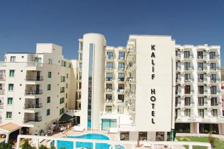 Ayvalık Sarımsaklı Kalif Hotel