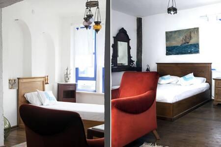 Son Vapur Konukevi - Gökçeada - Bed & Breakfast