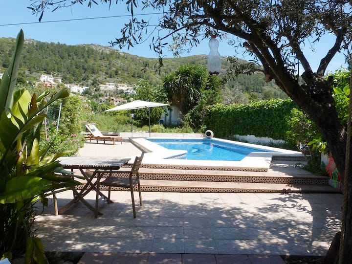 Large Townhouse in Orba with private pool & garden
