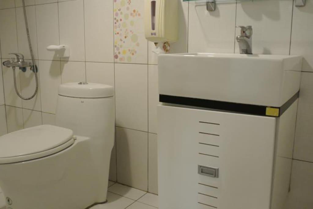 單人房浴廁