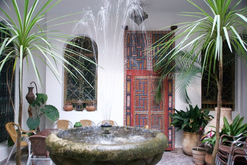 Fountain at the centre of the courtyard.