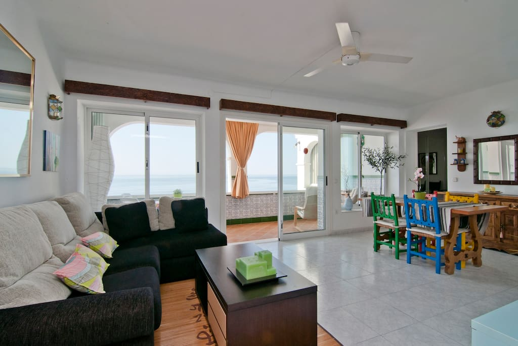 Wide Living Room - Overlooking the Sea!