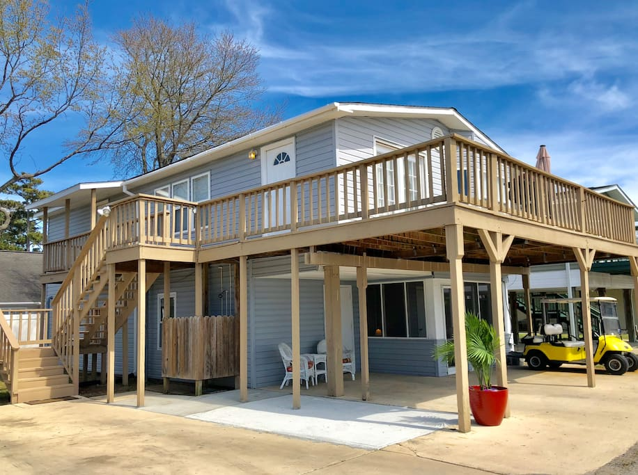 Spacious multi family beach home with golf cart houses for Multi family beach house rentals