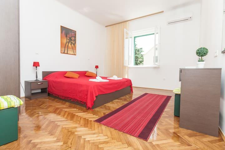 Bright, modern room in Split center