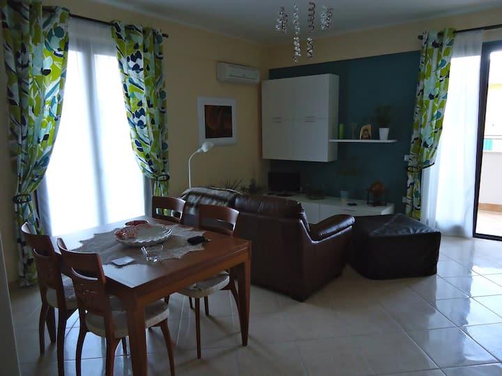 Very new and cozy three-room!