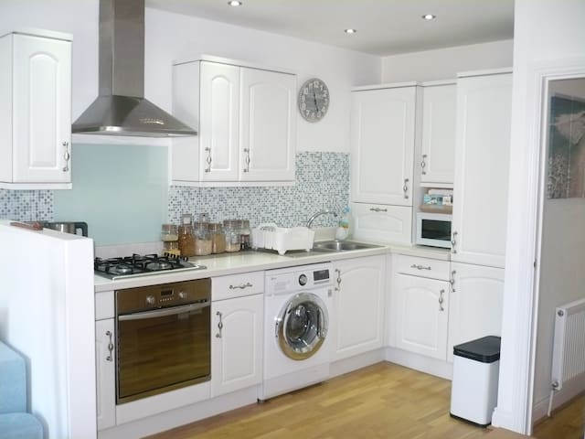 Stunning seaside themed flat close to the beach - Bournemouth - Apartament