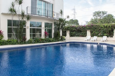 AMAZINGHOUSE FOR RENT CANCUN MEXICO - Канкун - Дом