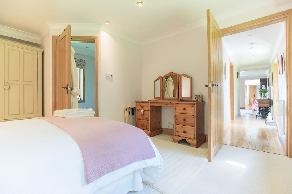 The Endrick, double room with ensuite shower room, view down the hall