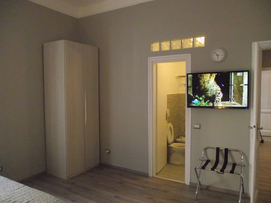 Grey room for 4 pers